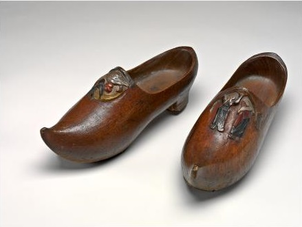 Paul Gauguin - Pair of Wooden Shoes 1890
